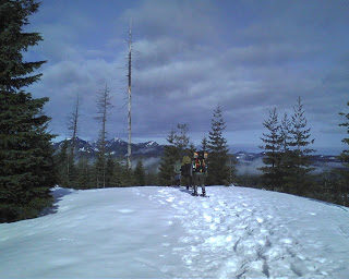 Snowshoe Backpacking at Maxwell Butte